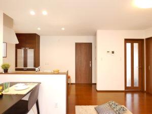 ニコニコ住宅の平屋 効率良い家事動線。掃除も洗濯もラクラクです。